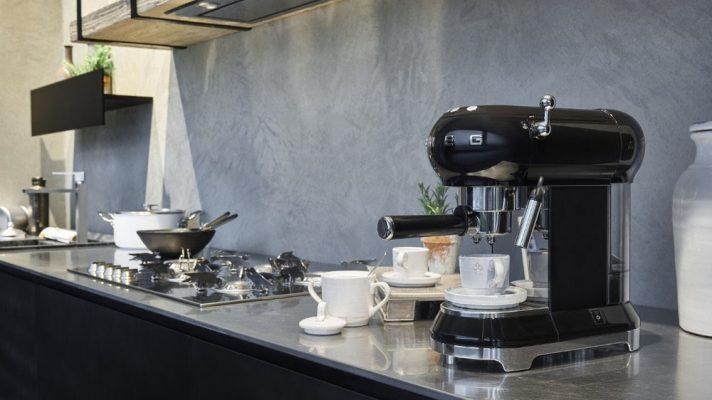 Máy Pha Cà Phê Espresso Smeg Ecf01Bleu Black, Thermoblock, 15 Bar, Hình 1