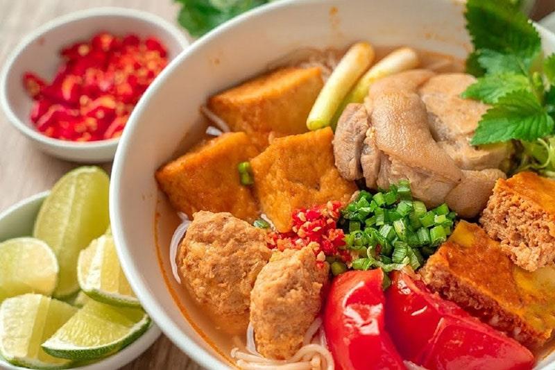 Bún Riêu Cua Là Một Món Ăn Sáng Truyền Thống Của Người Việt Nam