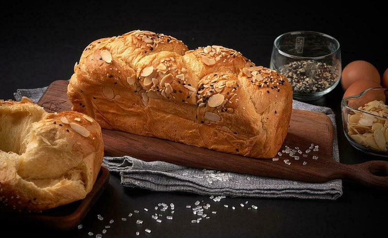 Bánh Mì Nóng Hổi Với Chức Năng Giữ Ấm Của Máy Làm Bánh Mì Wmf Kult X, Tự Động