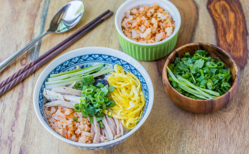 Bún Thang Với Sợi Bún Được Làm Từ Máy Làm Bún Mì Philip Hr2382/15 Pasta Maker.